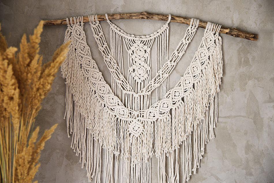 Hang Tapestry