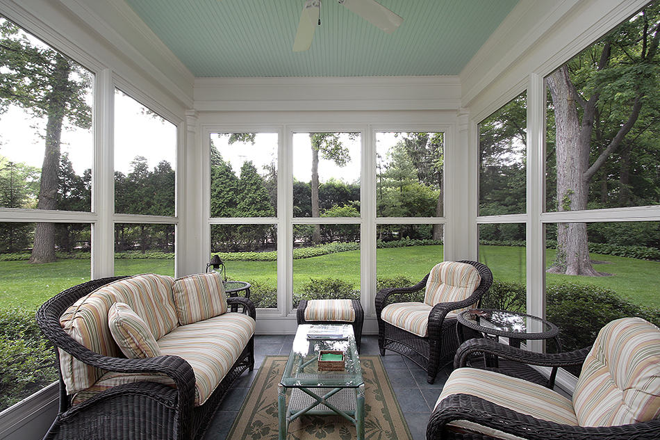 Side-Yard Viewing Porch