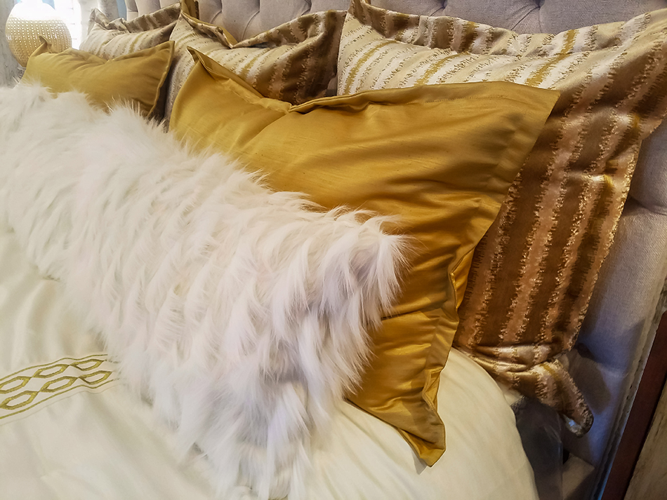 How to Use a Pillow Sham
