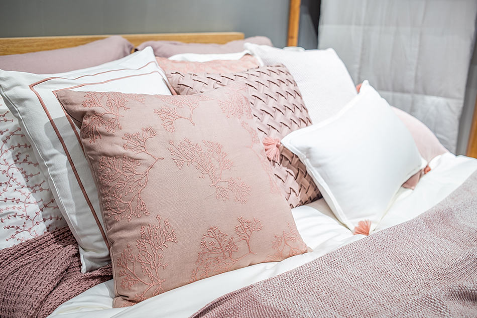 Bed Pillows for Aesthetics