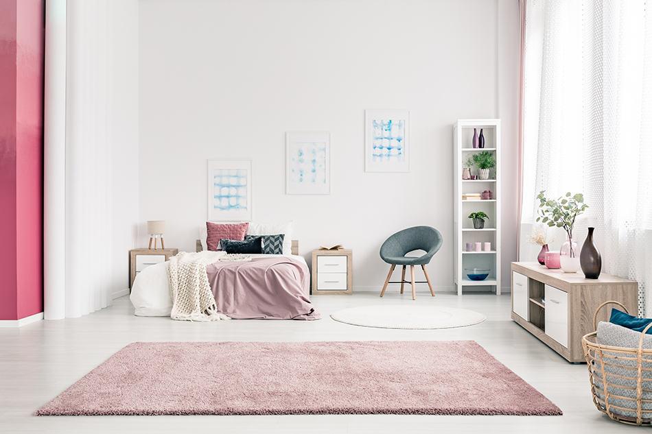 Pink Carpet for Light Gray Walls