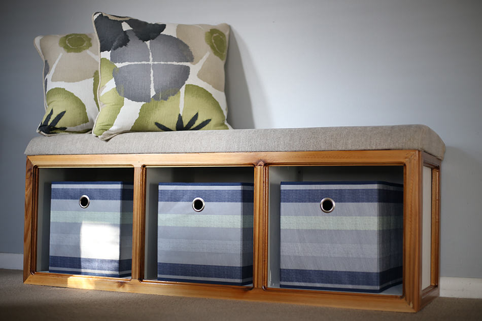 Storage benches without arms
