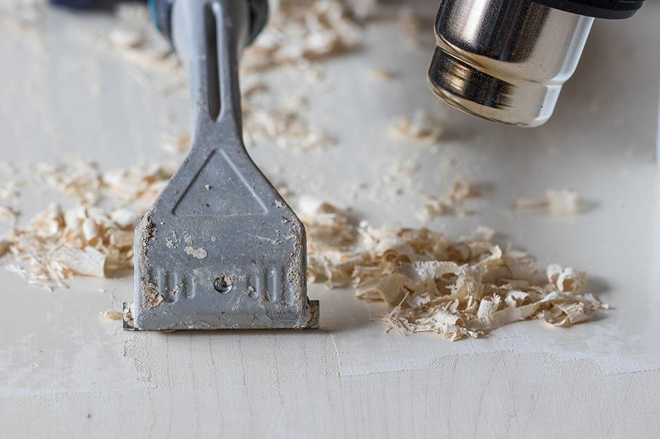 Heat and Scrape Dry Paint