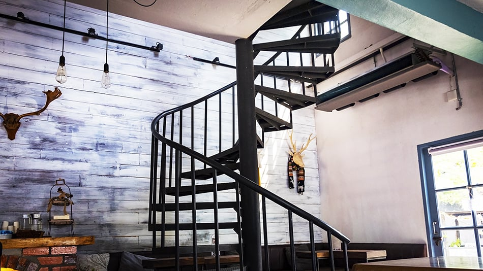 How Much Does A Floating Staircase Cost?