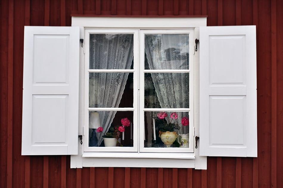 Scandinavian Shutters