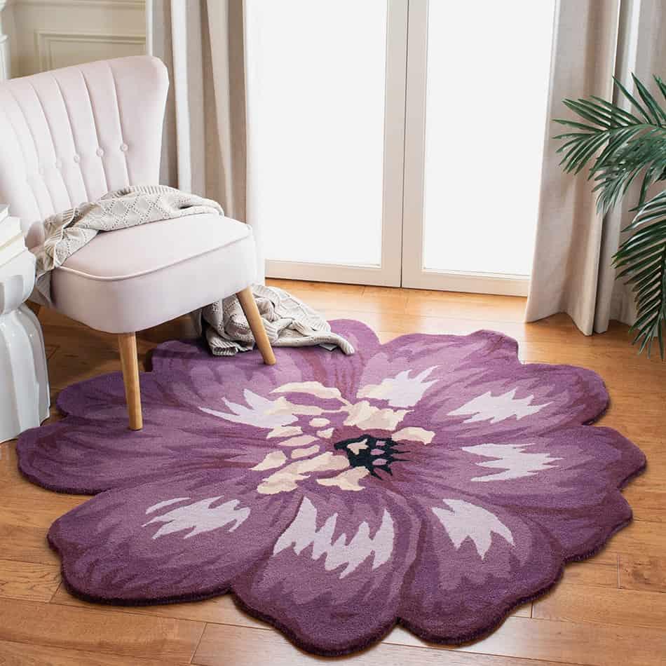 Hand-Tufted Floral Rug for a Splash of Color