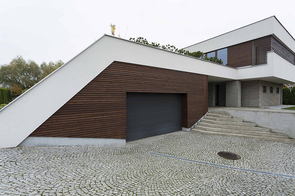 Portico Garage