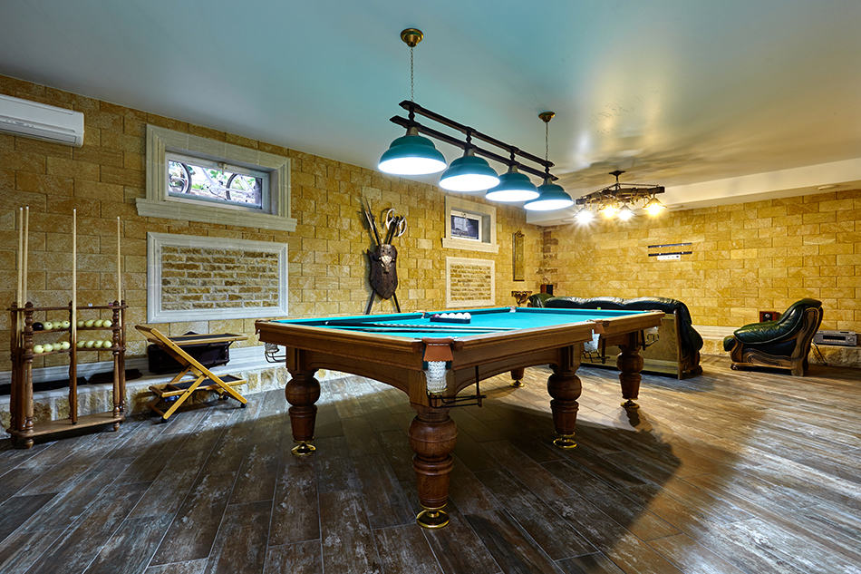 Sync Your Decor with the Billiard Table