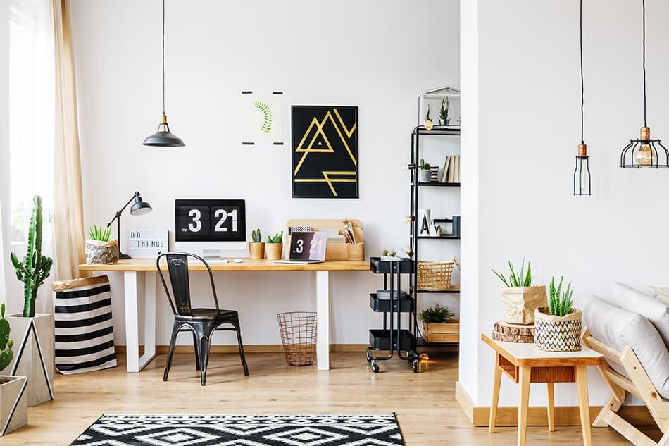 Trendy Black and White Geometric Rug