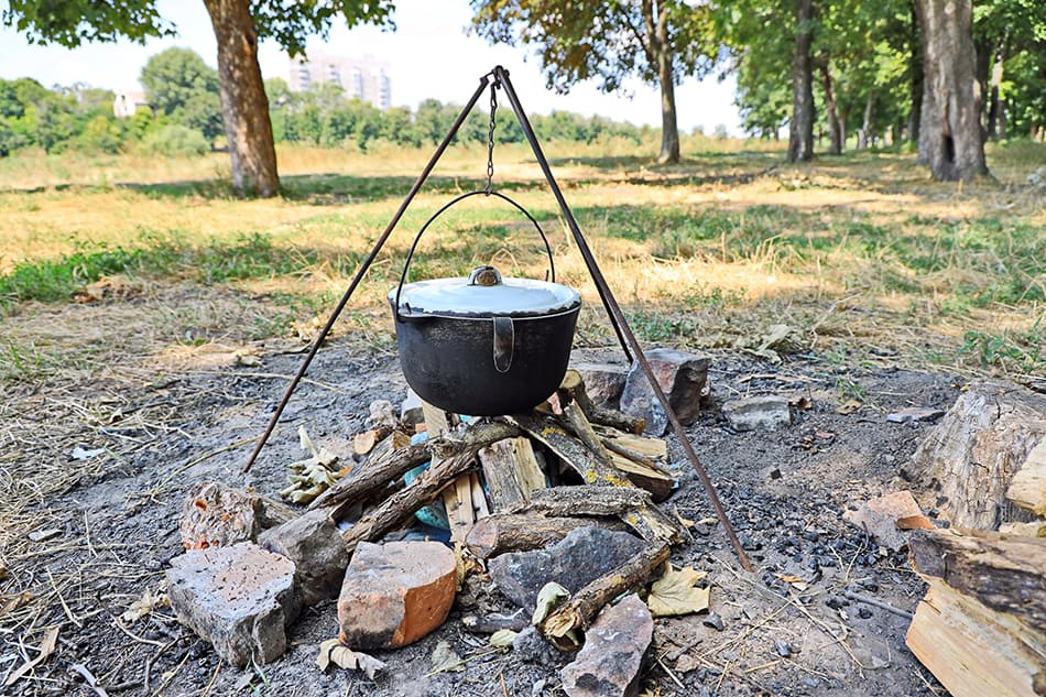 Tripod Cooking Plate