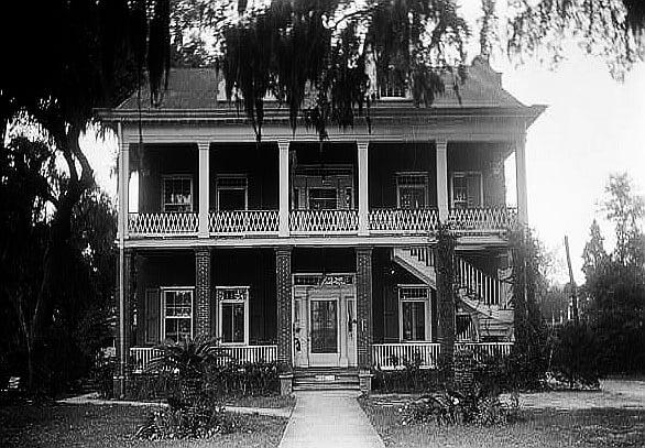 Tullis Toledano Manor