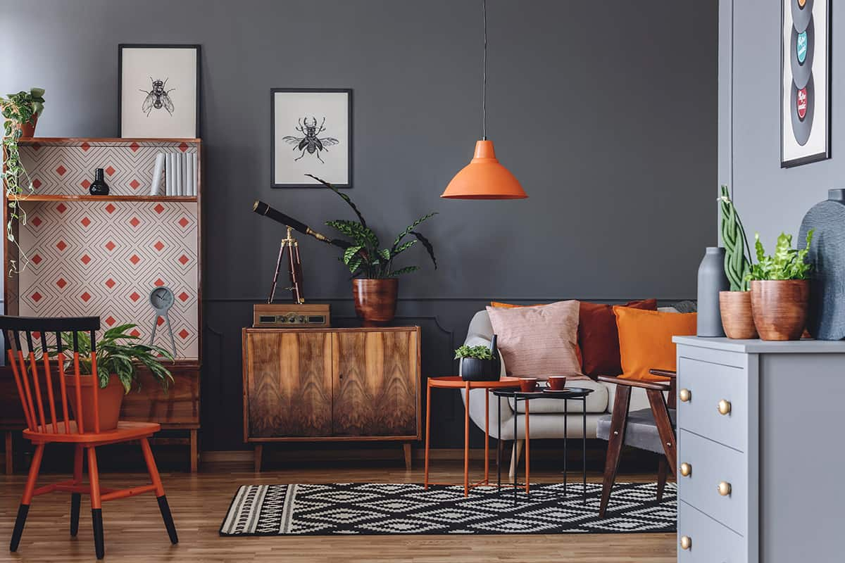 Go with Pops of Color for a Rustic Look