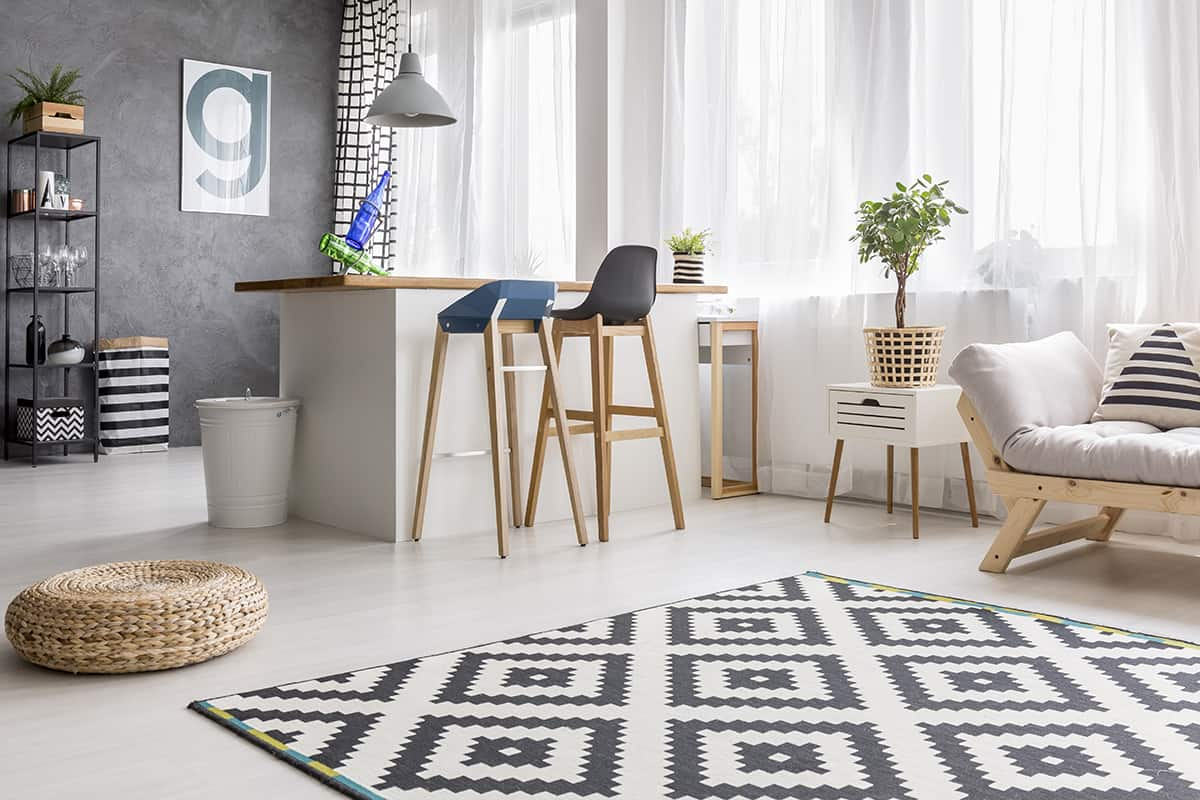 Geometric Black and White Patterns for Visual Interest
