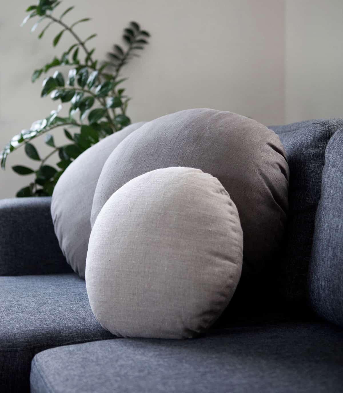 Round-Shaped Pillows